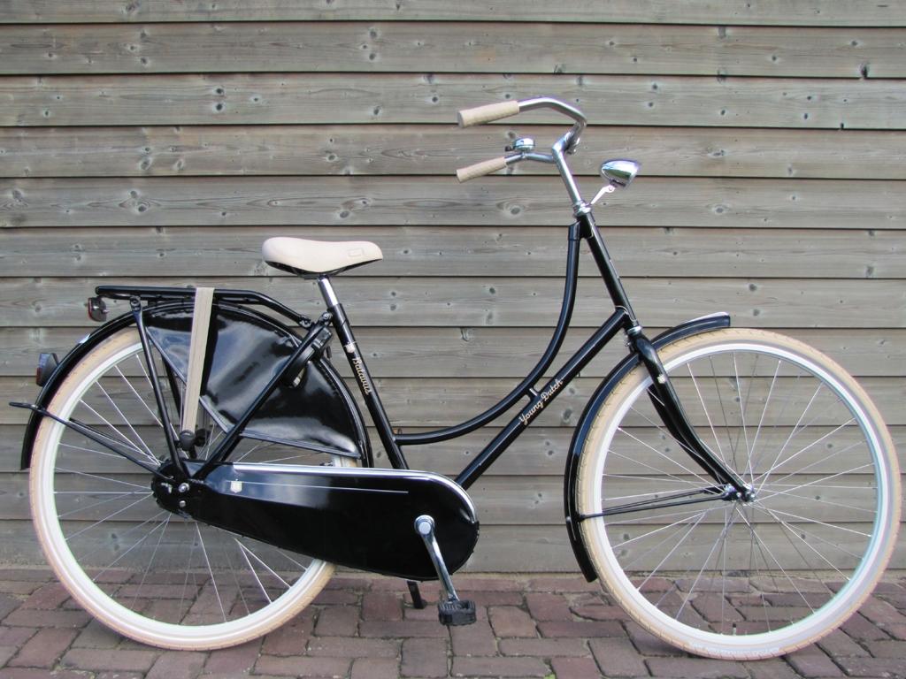 Batavus Young Dutch 28 inch Zwart - Batavus_Young_Dutch_28_Zwart_01.jpg