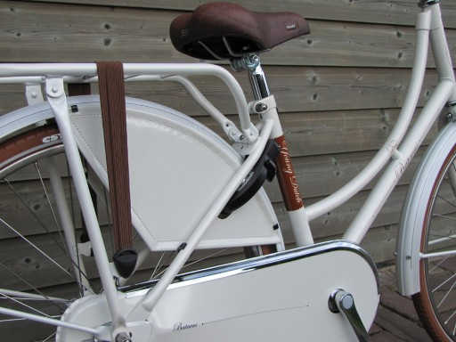 Batavus Young Dutch 24 inch Wit - Batavus_Young_Dutch_24_Wit_2013_03.jpg