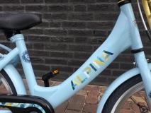 Alpina Clubb M 18 inch Blue Glow - Alpina_Clubb_M18_Blue_Glow_02.jpg