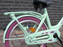 Alpina Clubb M 18 inch Blossom Green - Alpina_Clubb_18_inch_Blossom_Green_03.jpg