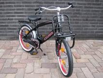 Alpina Clubb J 16 inch Black/Red - Alpina_Clubb_J18_Black_04.jpg