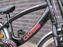 Alpina Clubb J 16 inch Black/Red - Alpina_Clubb_J18_Black_02.jpg