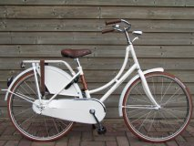 Batavus Young Dutch 24 inch Wit - Batavus_Young_Dutch_24_Wit_2013_01.jpg
