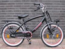 Alpina Clubb J 16 inch Black/Red - Alpina_Clubb_J18_Black_16_01.jpg