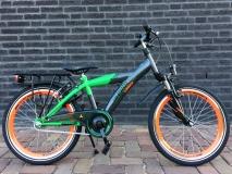 Alpina Yabber 20 inch Industrial Black/Bright Green - Alpina_Yabber_J20_2019_Industrial_Black_Bright_Green_01.jpg