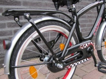 Alpina Clubb J 16 inch Black/Red - Alpina_Clubb_J18_Black_16_03.jpg